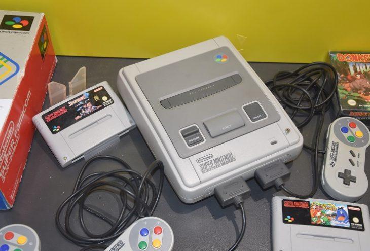 Die Kult-Konsole von 1990: Das Super Nintendo Entertainment System. //Foto: Daniel Kühnel
