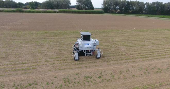Roboter zur Unkrautvernichtung // Quelle: Uni Bonn
