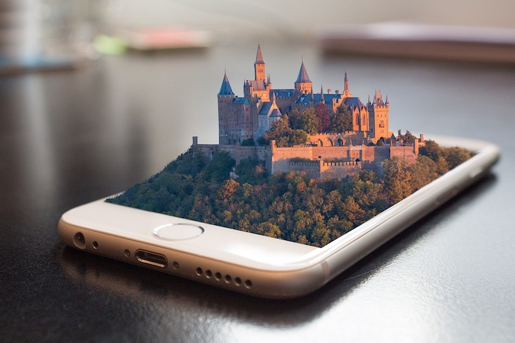 Augmented Reality im E-Learning // Quelle: Pixabay