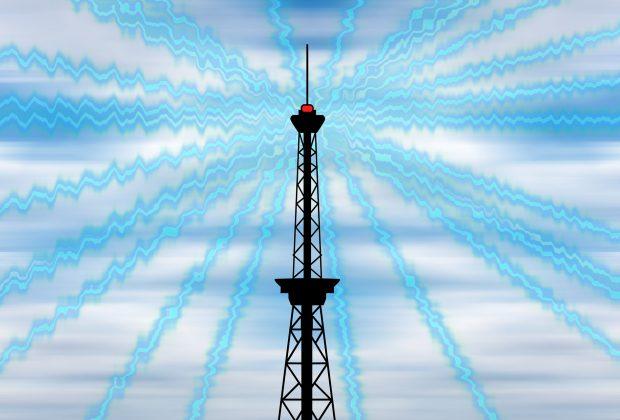 Elektromagnetische Strahlung geht nicht nur von Funkmasten aus, sondern auch von allen mobilen Geräten wie Handy, Laptop und Tablet.