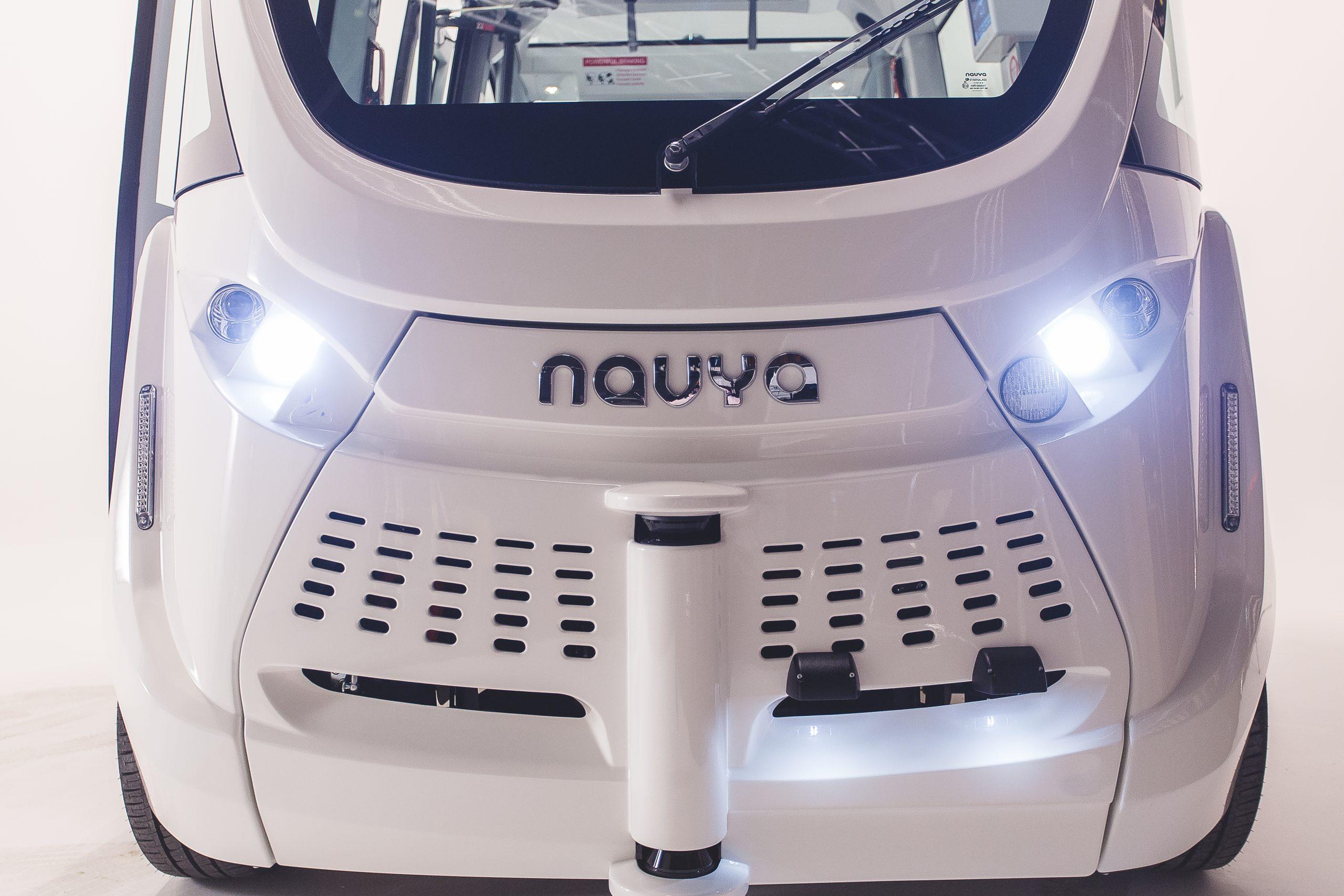 Autonome Busse - Ansicht von vorne