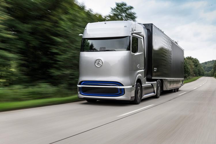 Ein Brennstoffzellen-LKW auf der Straße