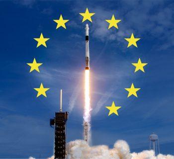 Abhebendes Raumschiff mit Europaflagge